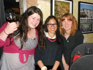 Runner up for best poetry show Lucy Ayrton, event organizer Thea Buen, poetry editor Claire Trévien